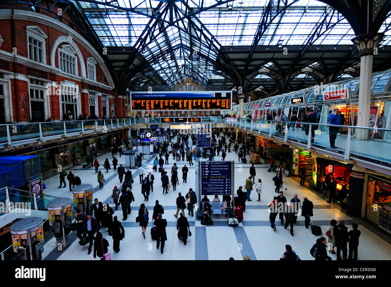 Busy concourse inside Liverpool Street Station Stock Photo ...