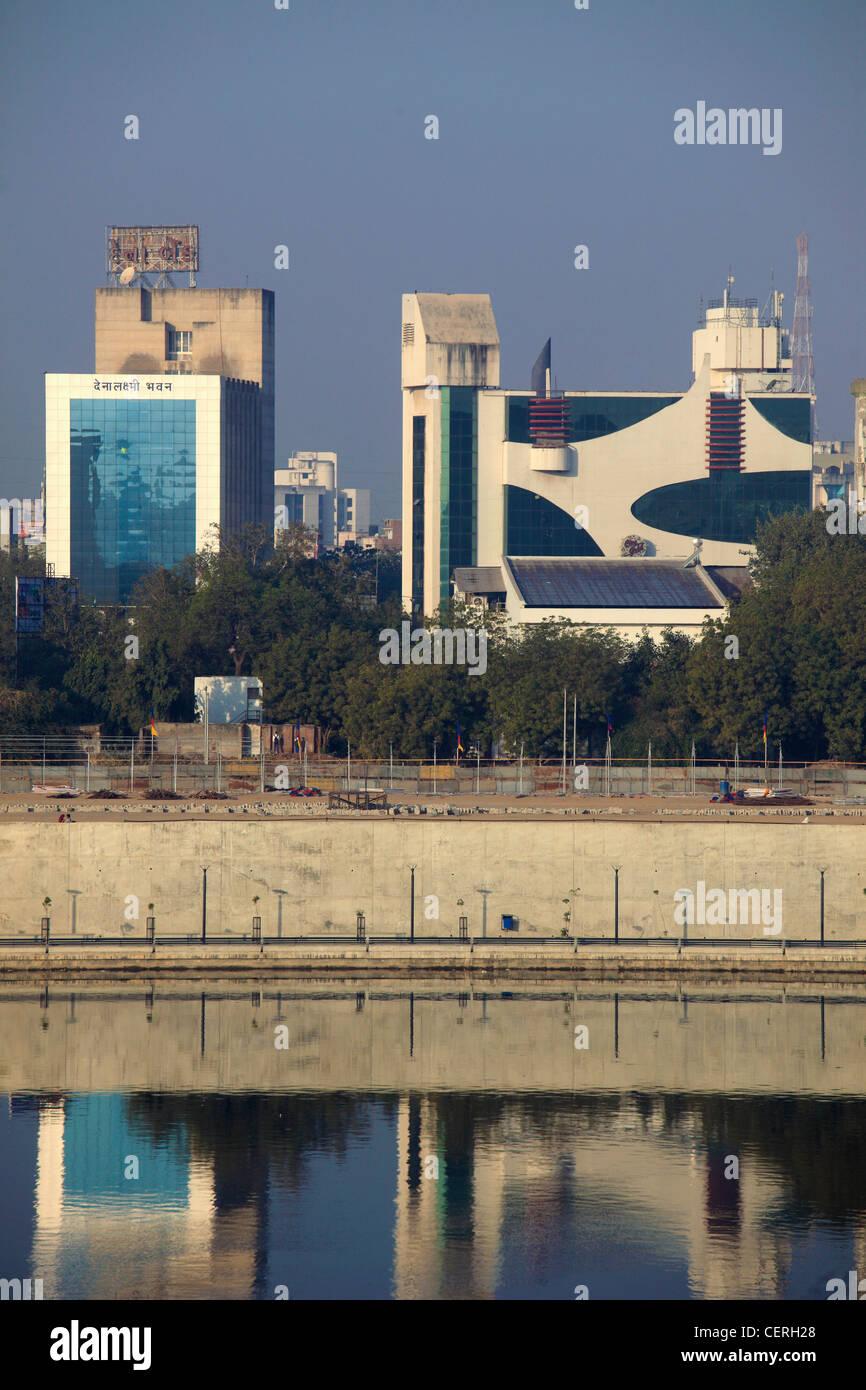 India, Gujarat, Ahmedabad, skyline, modern buildings, Sabarmati River, - Stock Image