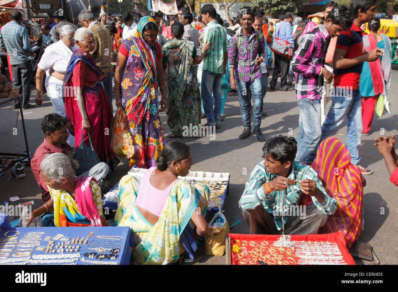India, Gujarat, Ahmedabad, people, street vendors, - Stock Image