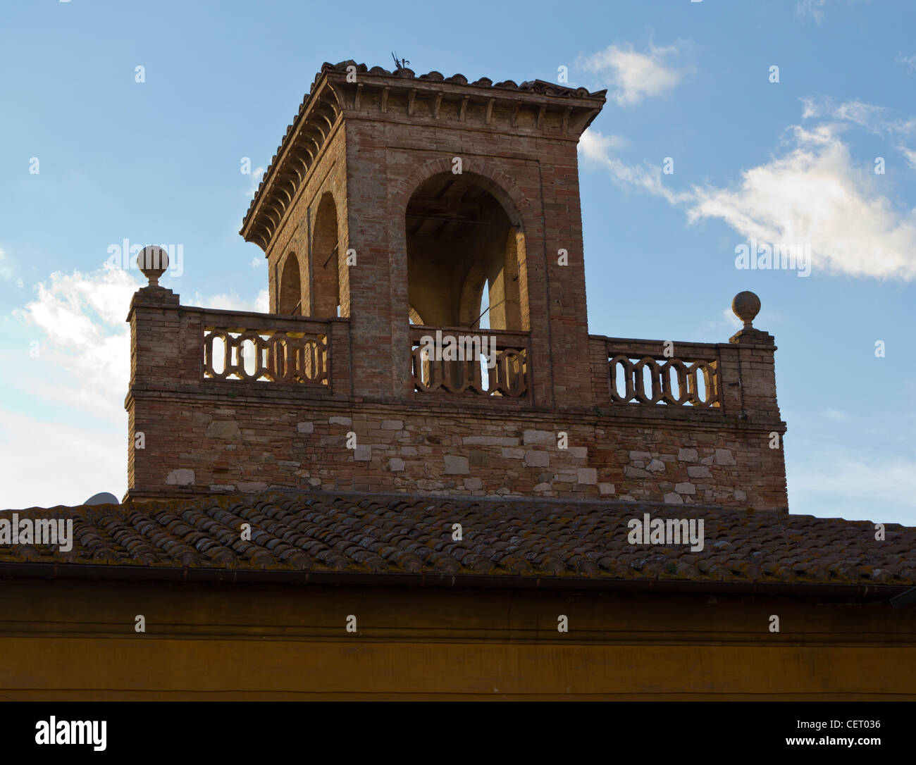 Stone tower in Perugia, Umbria, Italy. - Stock Image