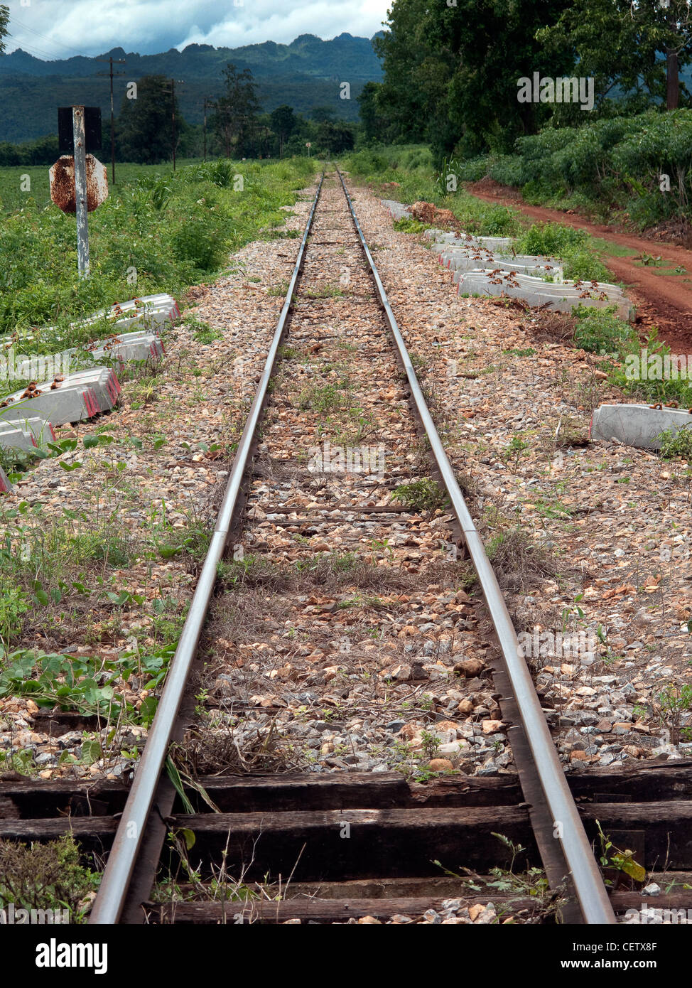 Thai Burma 'Death Railway'. Built by forced labour and allied POWs under appalling conditions. 1942-1943. - Stock Image