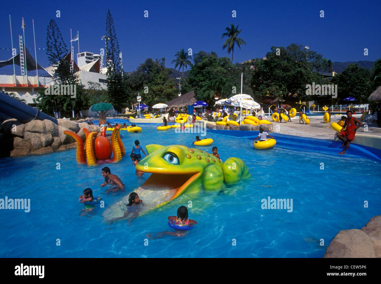 Acapulquena stock photos acapulquena stock images alamy for What is a freshwater swimming pool