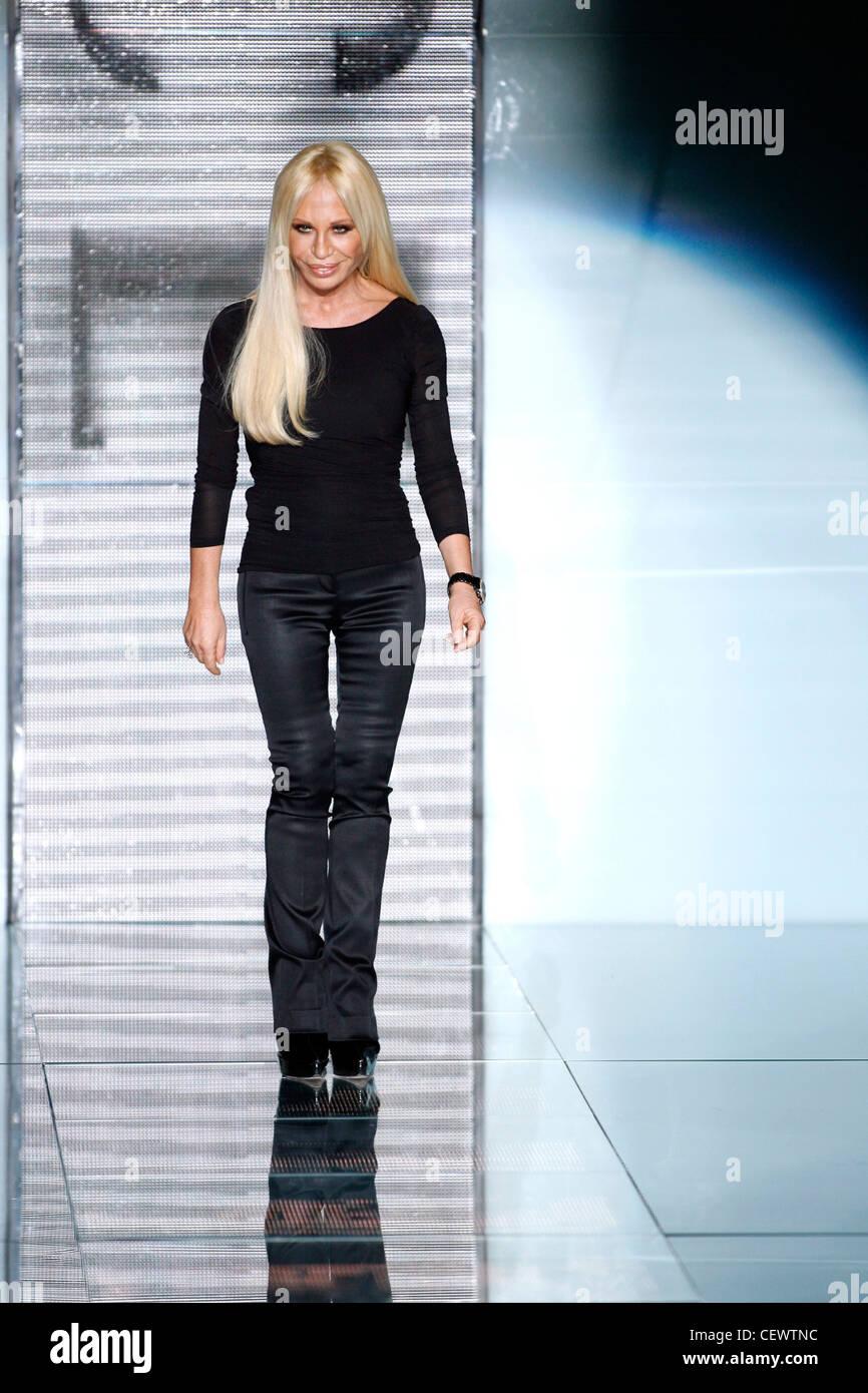 107e79bc33 Versace Milan Ready to Wear Autumn Winter Fashion designer Donatella Versace  - Stock Image