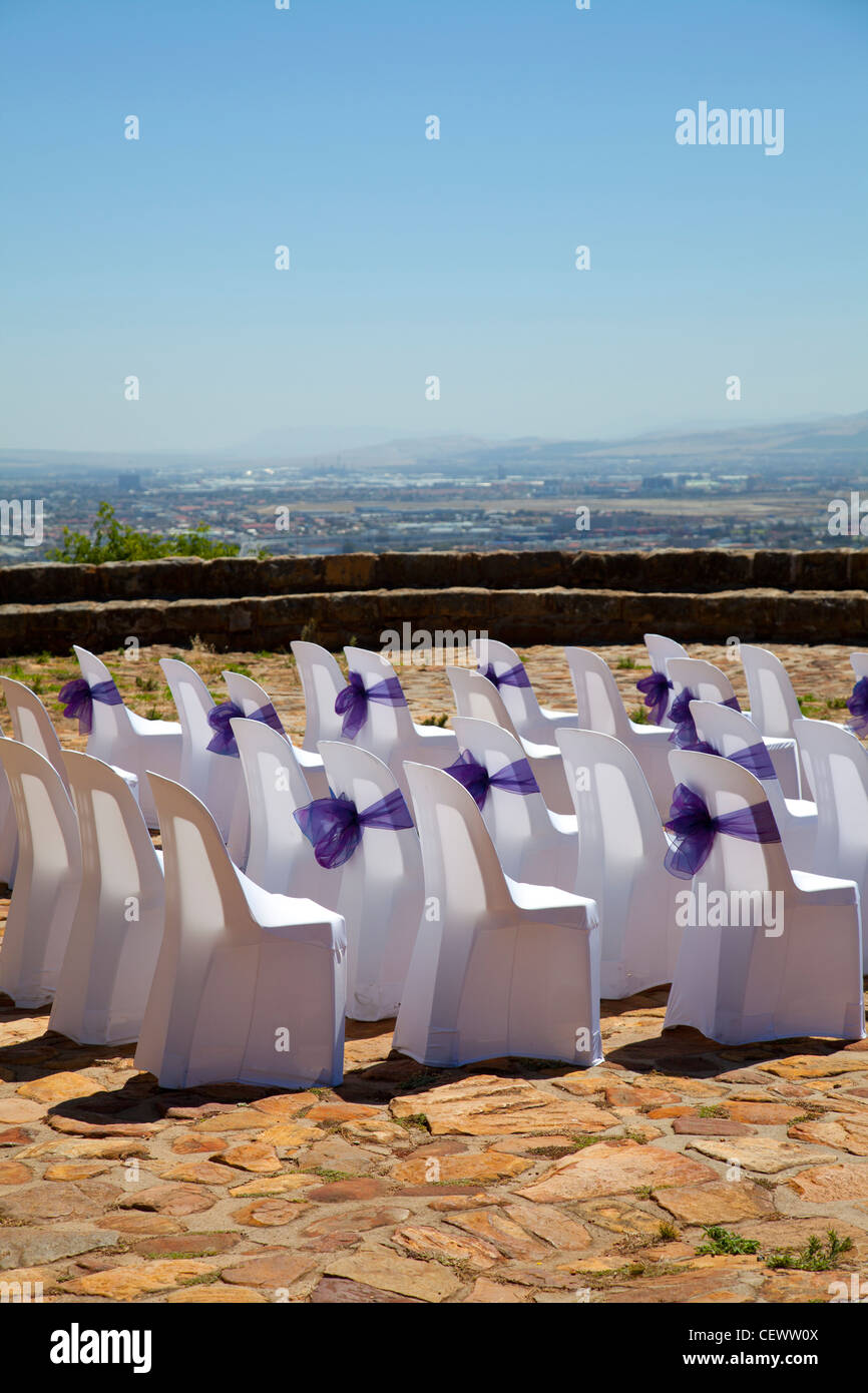 Seating for Wedding ceremony at Rhodes Memorial in Cape Town - Stock Image