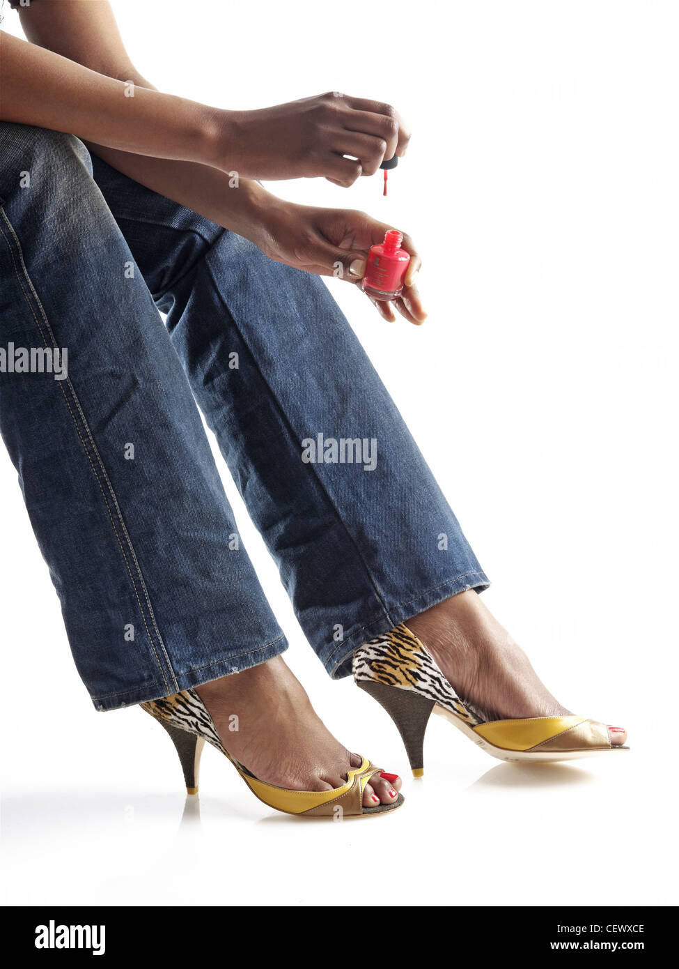 yellow leopard print high heeled shoes