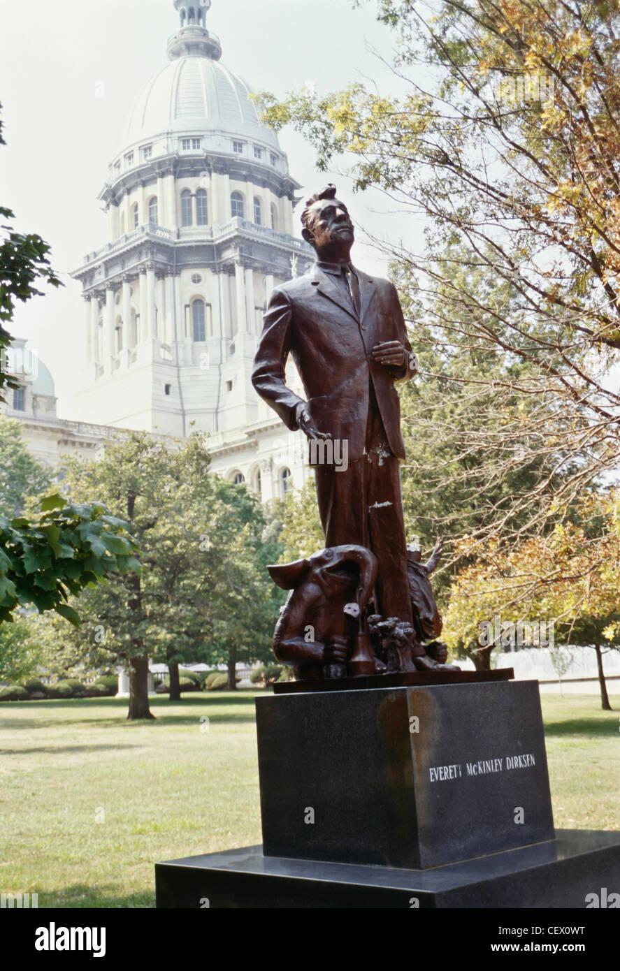 Senator Everett Dirksen Statue, The Illinois State Capitol, grounds, Springfield, Illinois - Stock Image