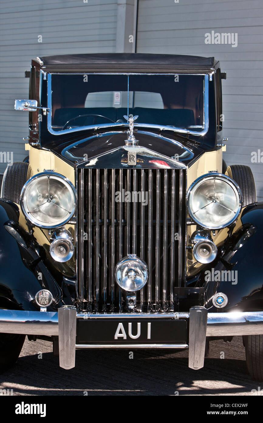 Stationary Rolls Royce, James Bond classic car - Stock Image