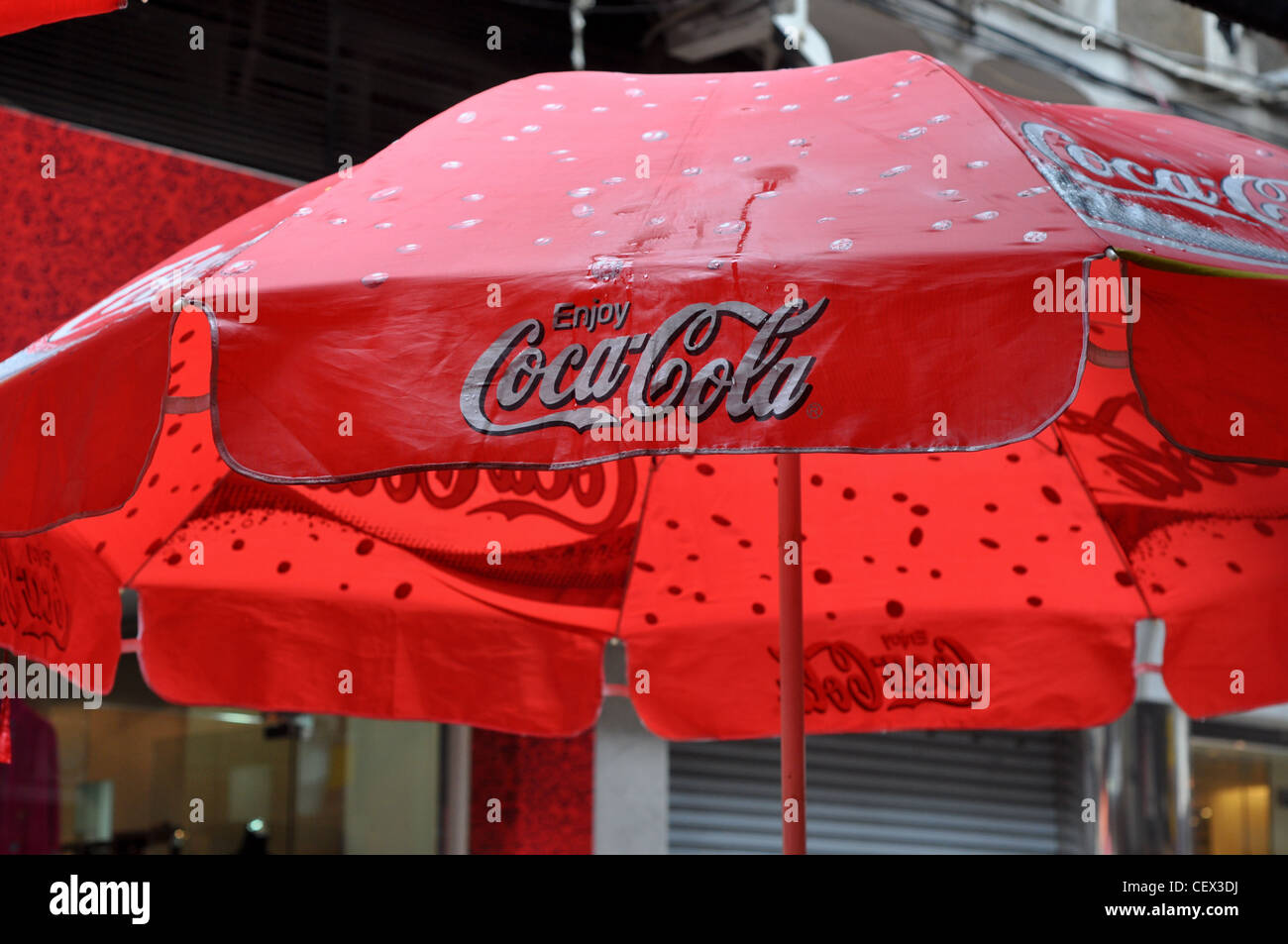 d7a5af21 Coca Cola Umbrella Stock Photos & Coca Cola Umbrella Stock Images ...