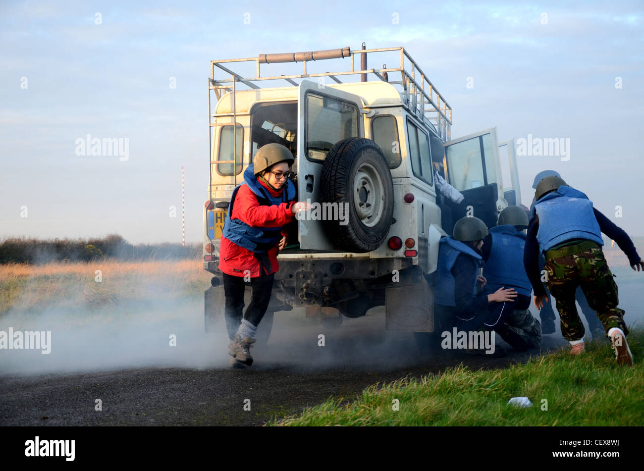 Students of Hostile Environments training with Blue Dot Saftey - Stock Image