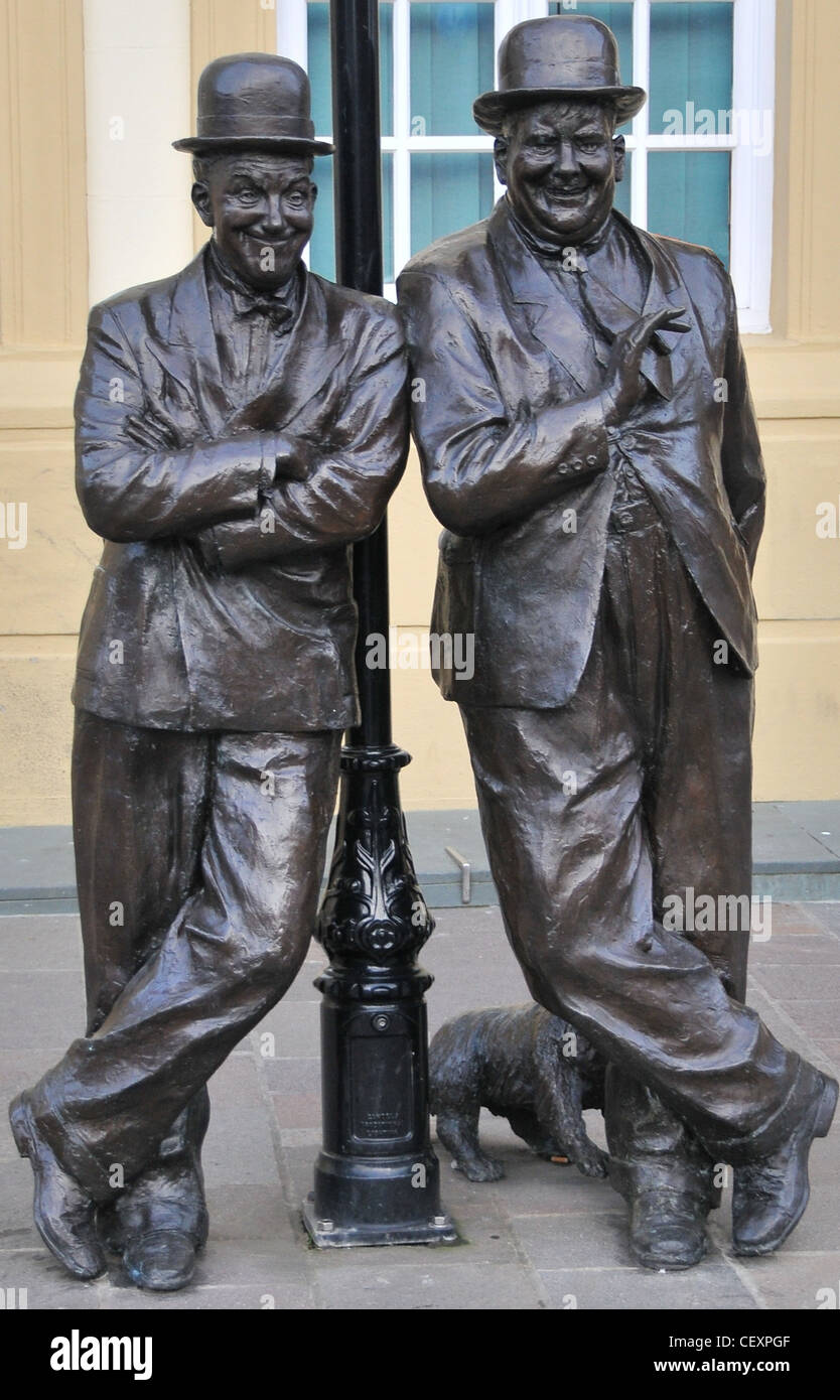 Laurel and Hardy Statue, Ulverston - Stock Image