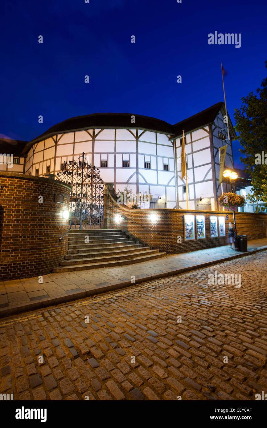 A view of Shakespeare's Globe Theatre on the banks of the river Thames - Stock Image