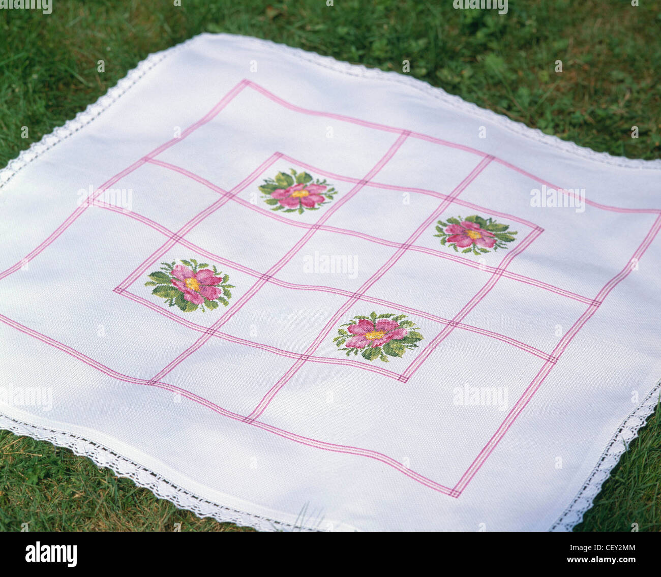 NOSquare white table cloth crochet lace edge and pink embroidered ...