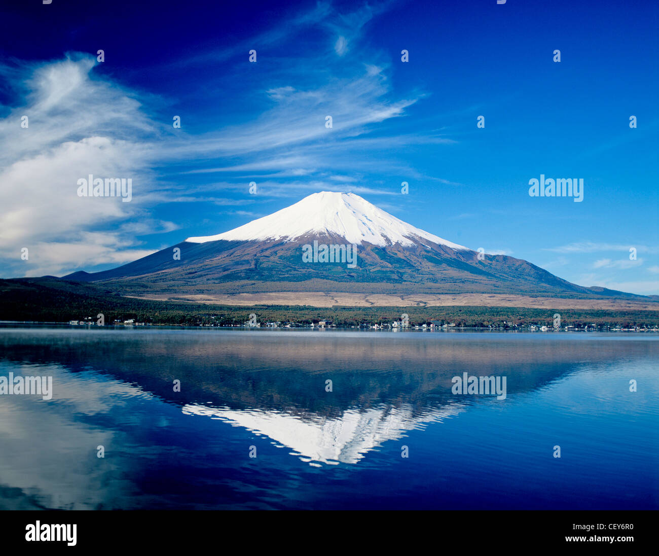 Mount Fuji and Lake Yamanakako. - Stock Image