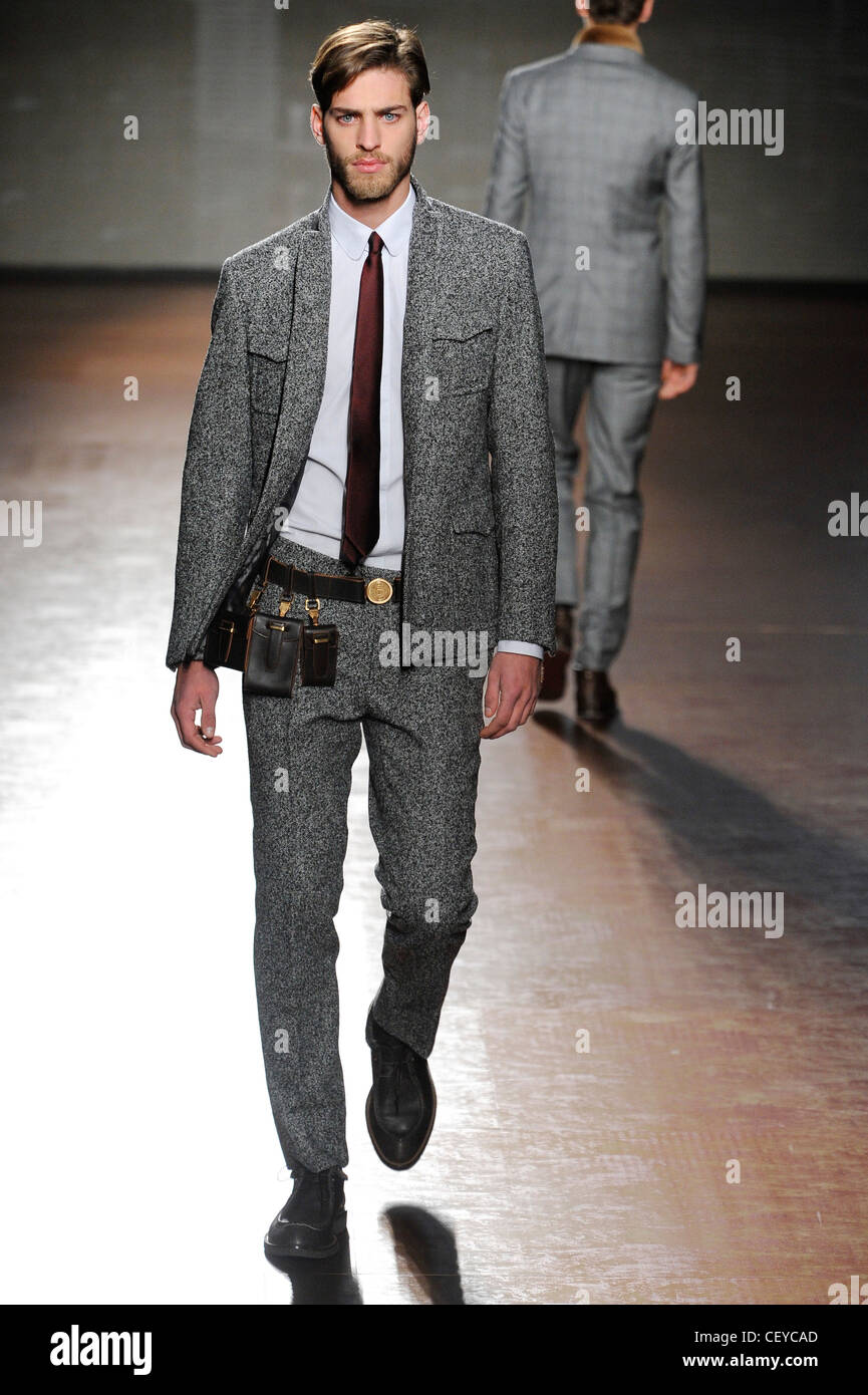 d092e42a Fashion Show Ermenegildo Zegna Stock Photos & Fashion Show ...