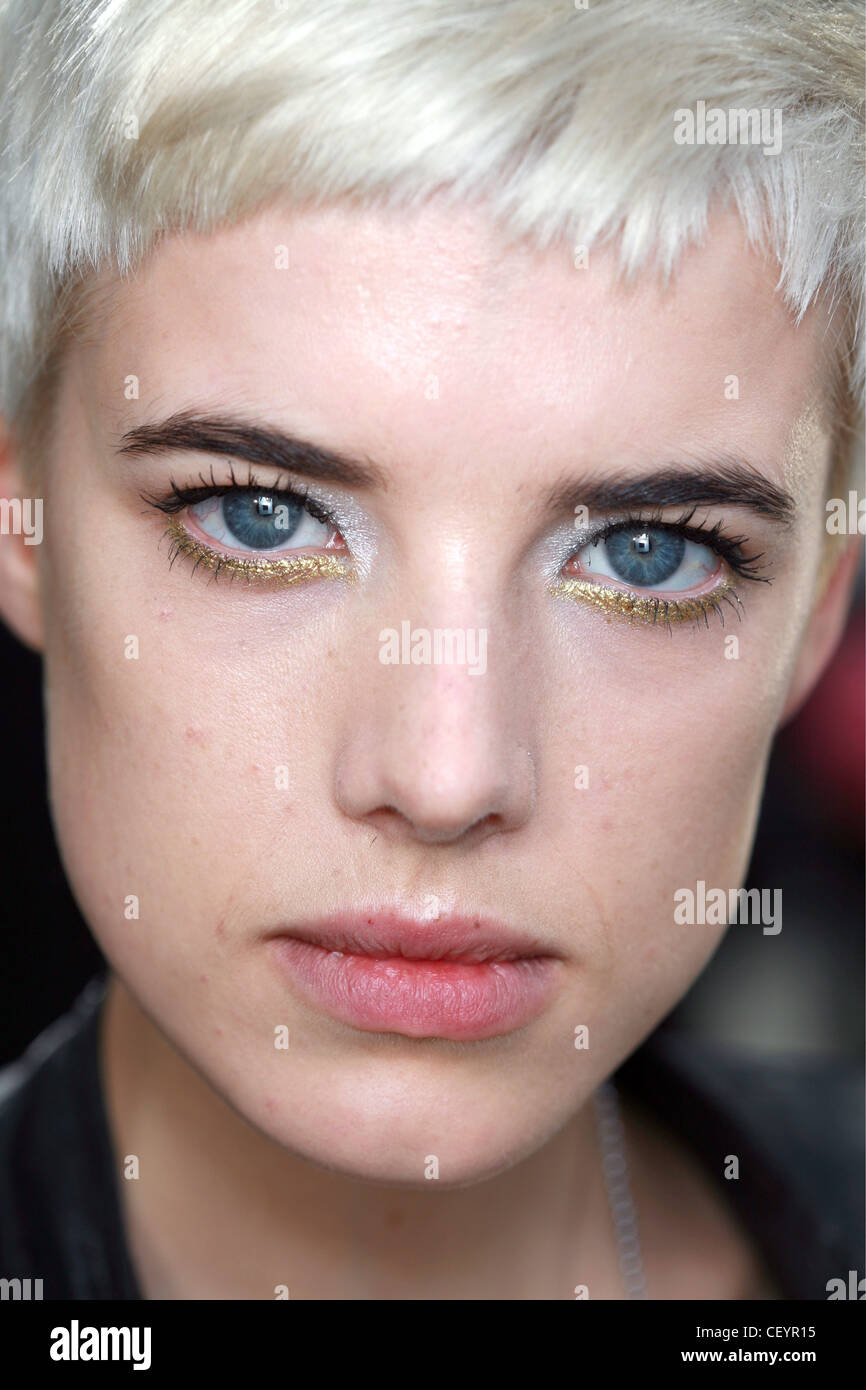 Bleached Eyebrows Stock Photos Bleached Eyebrows Stock Images Alamy