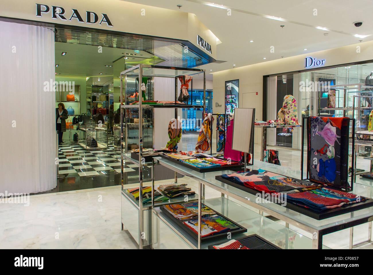 luxury brands store dior stock photos amp luxury brands