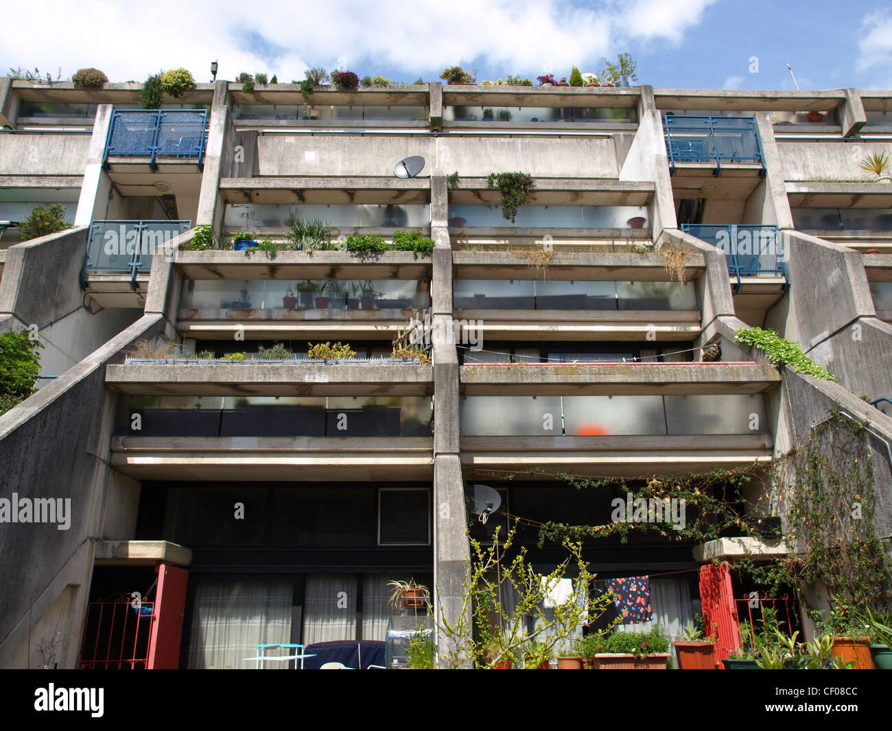 Alexandra Road housing estate iconic new brutalist architecture in London, England, UK Stock Photo