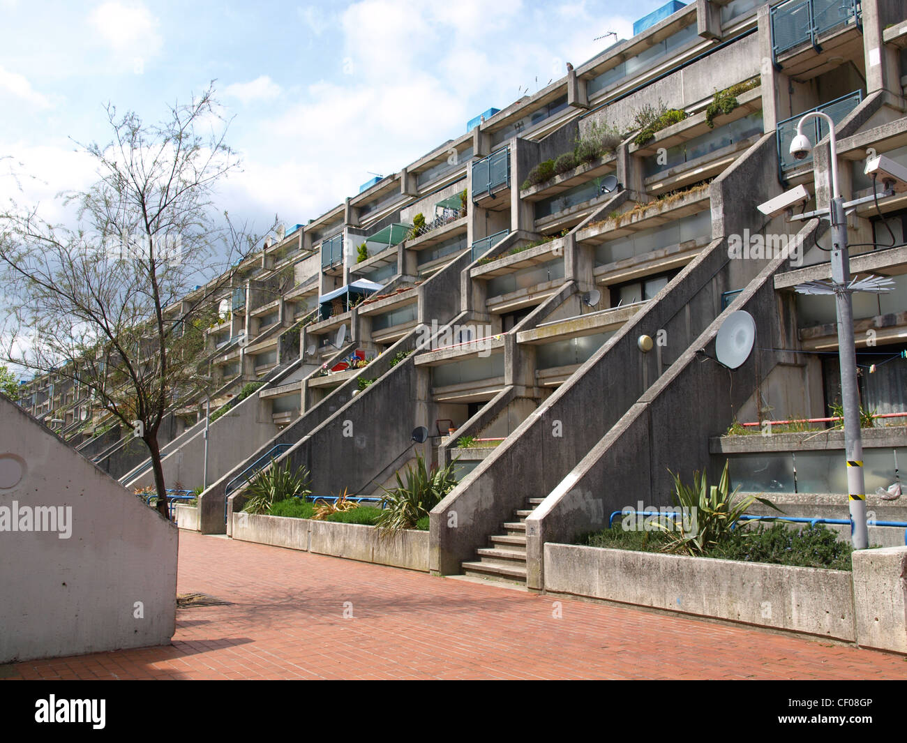 alexandra road housing estate iconic new brutalist architecture in