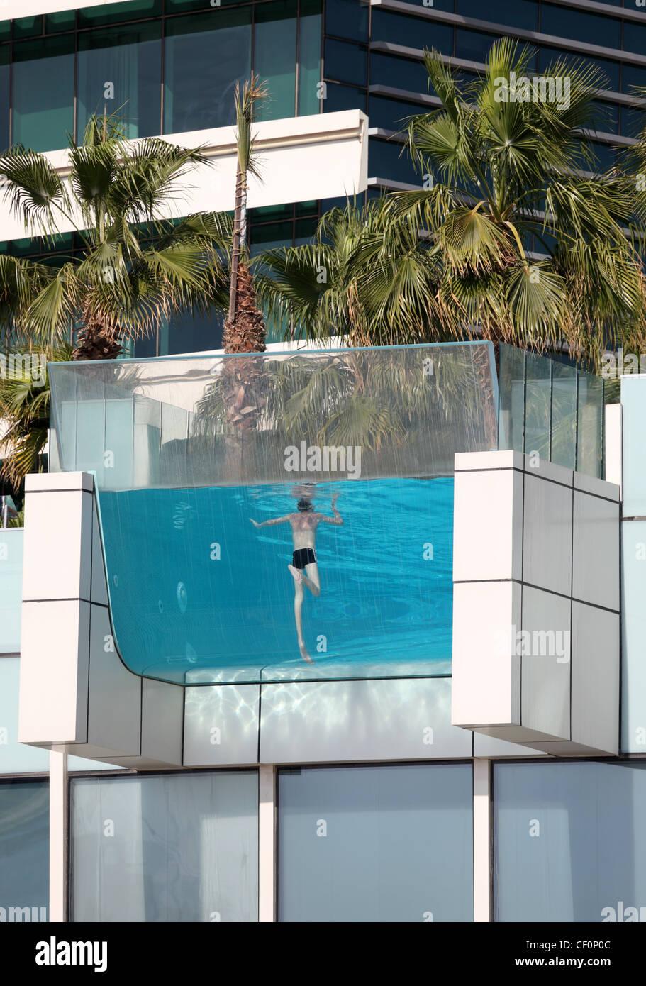 Swimming pool dubai stock photos swimming pool dubai - Dubai airport swimming pool price ...