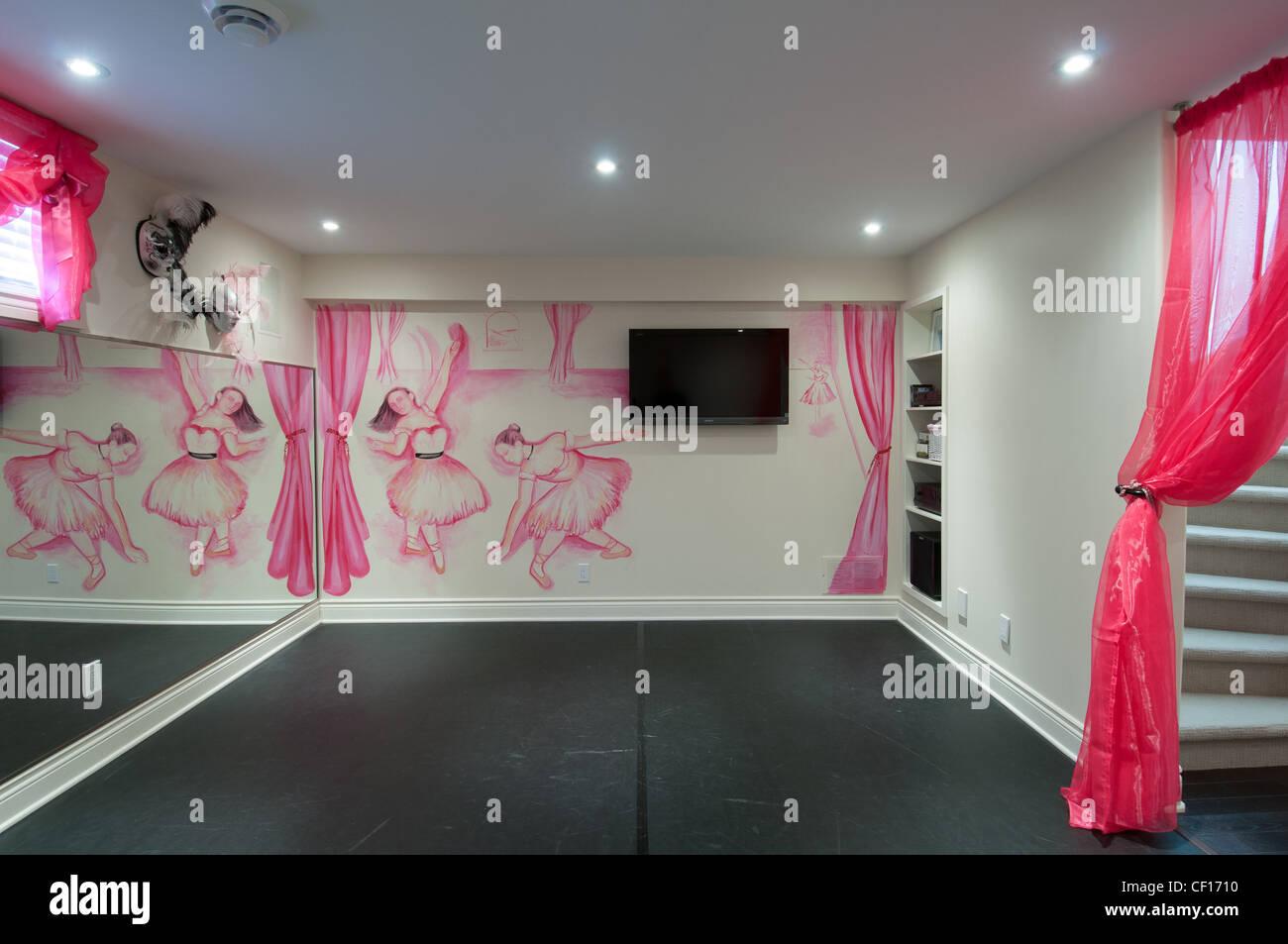 Residential Dance Room Decor