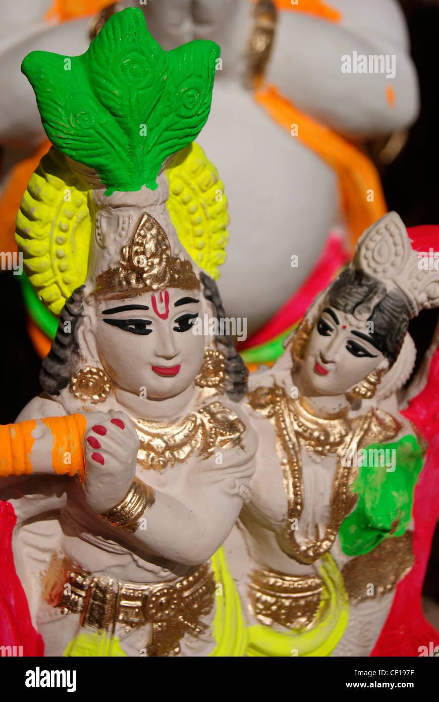 Rajasthan Handicraft effigy sculpture model of Lovely Krishna and Radha - Stock Image