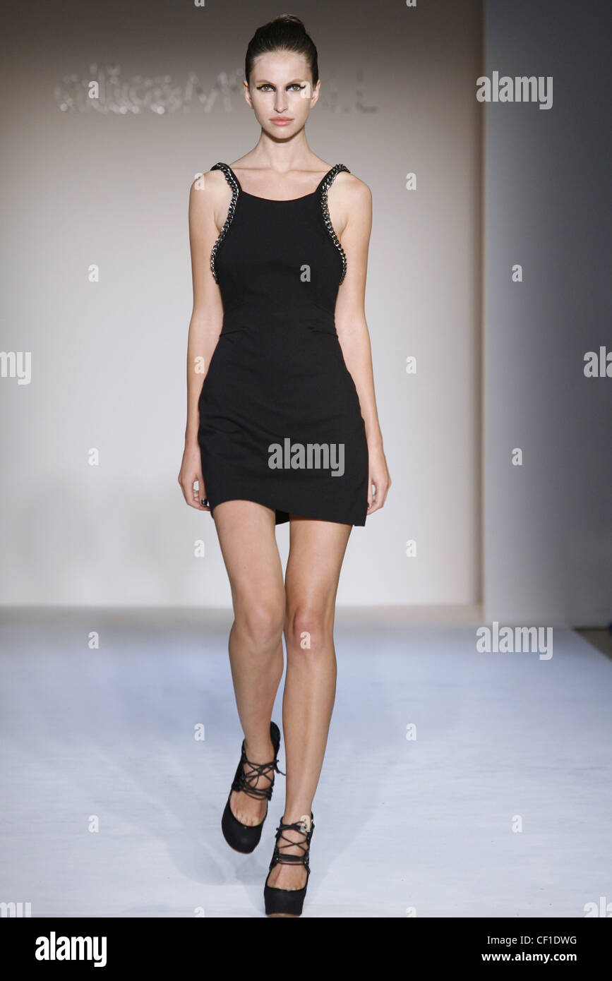 Alice Mccall New York Ready To Wear Spring Summer Short