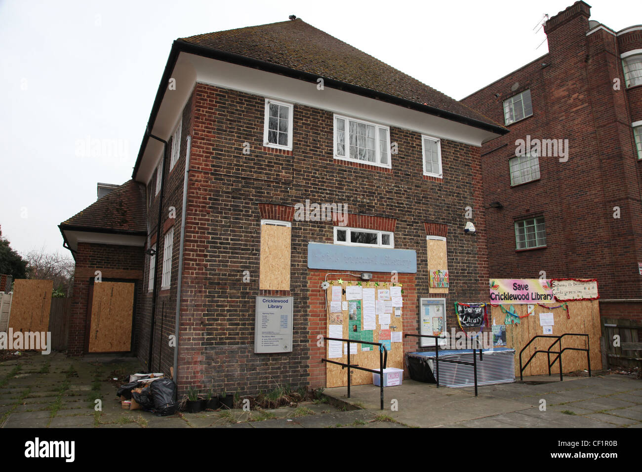 Cricklewood Library, which is closed due to budget cuts. - Stock Image