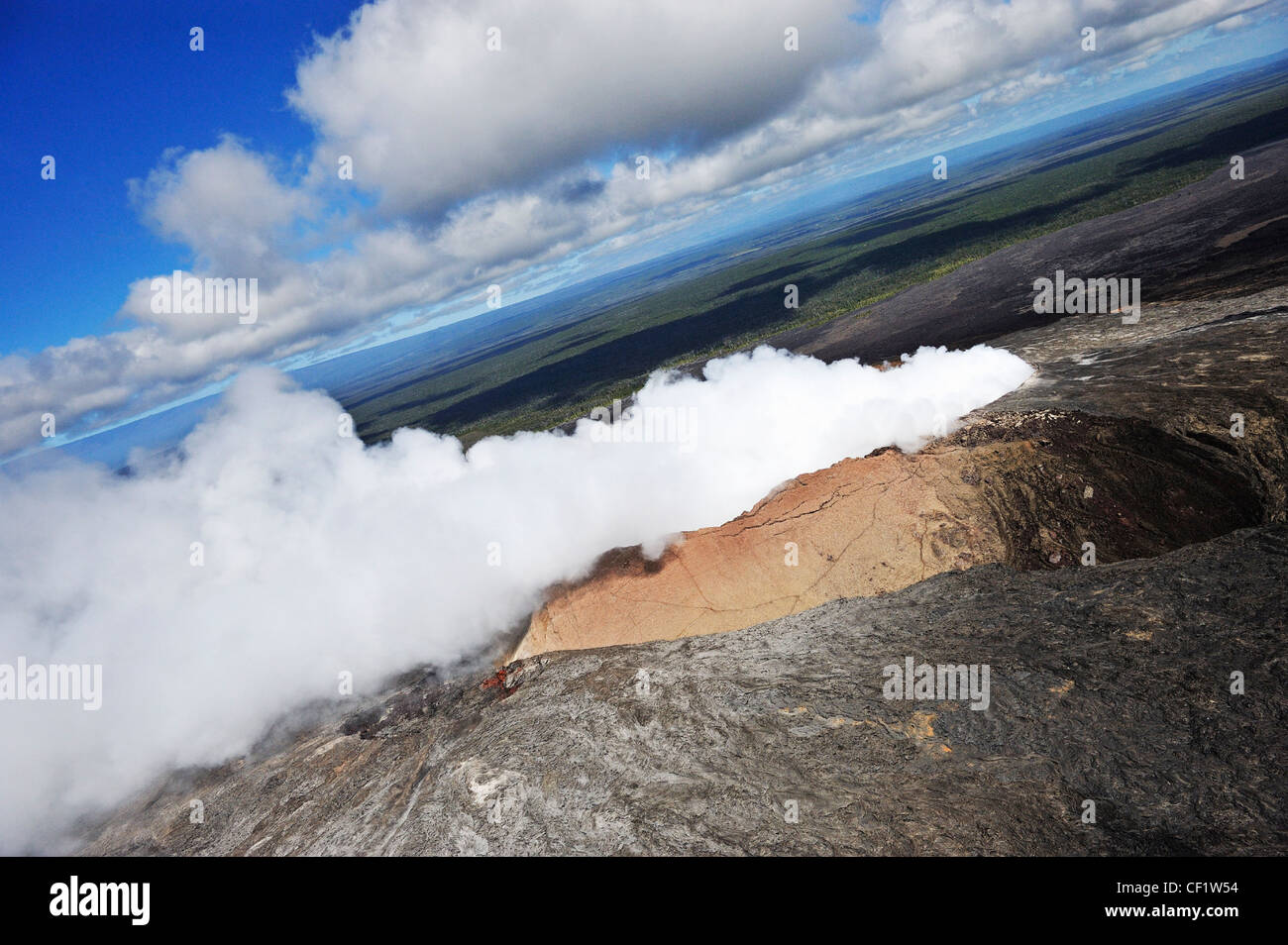 Volcano - Pu'u O'o or Puu Oo crater - aerial view - Kilauea, Hawaii - Stock Image