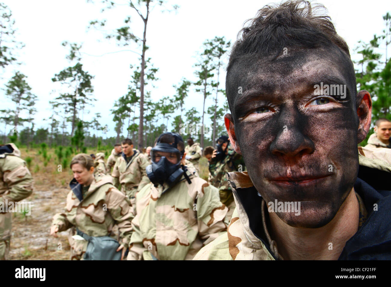 CAMP LEJEUNE, N.C. - M291 Decontamination Powder covers Cpl. Bart Steinburg's, a data system specialist with - Stock Image
