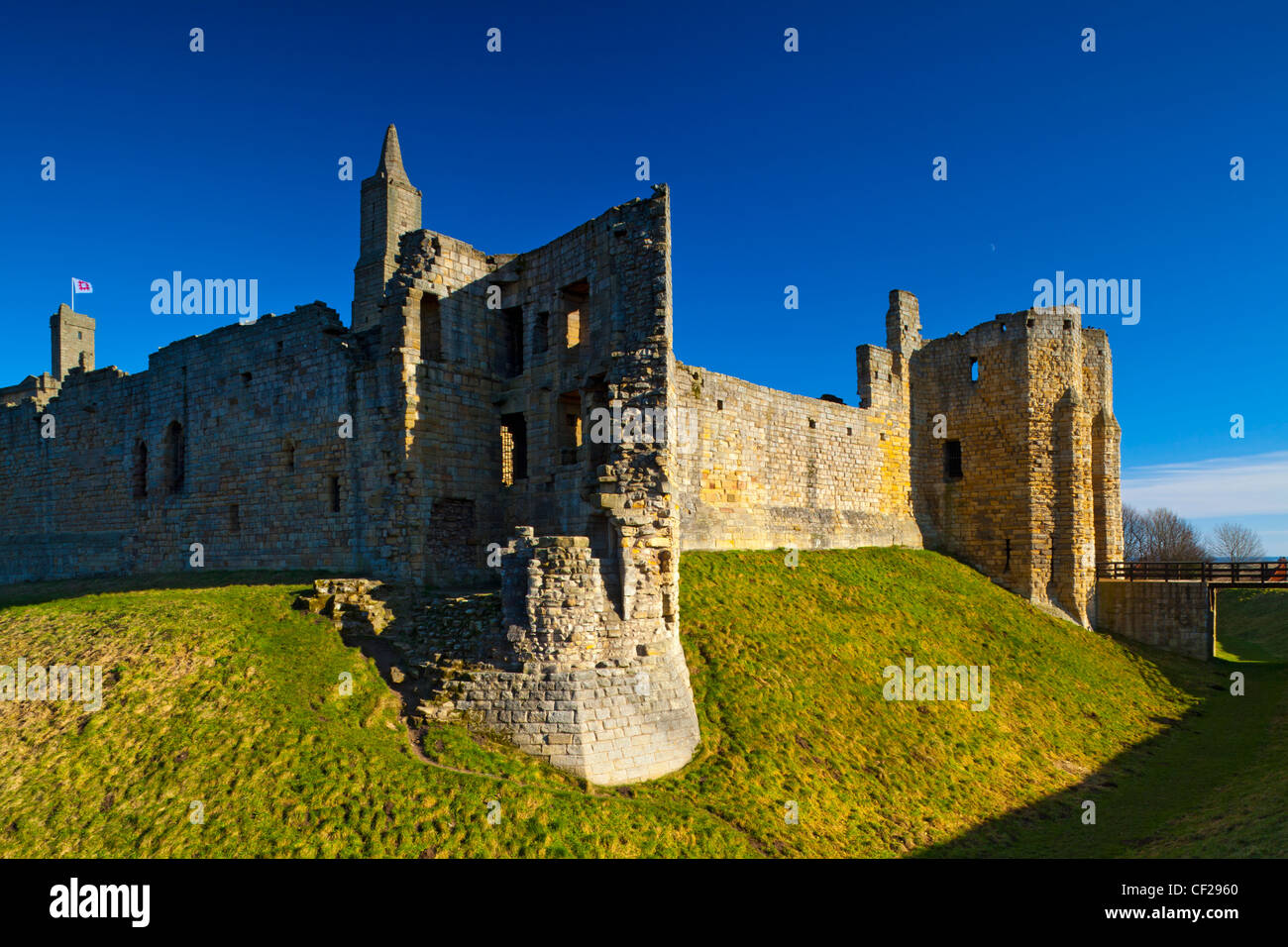 Warkworth Castle, a 12th-century stone motte and bailey fortress located near the Northumberland Heritage Coast. - Stock Image
