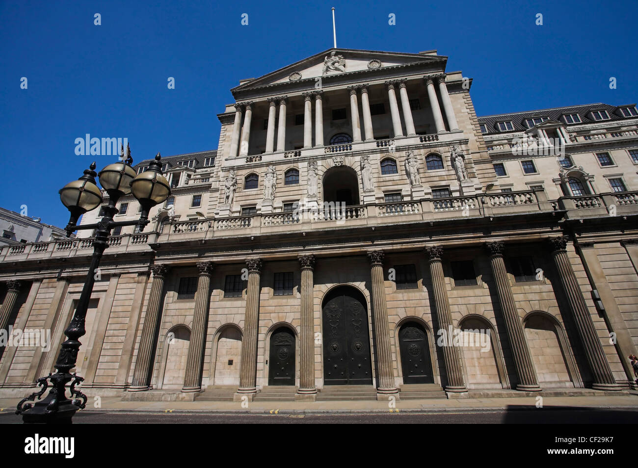 The Bank of England, the central bank to the UK in Threadneedle Street in the City of London. - Stock Image