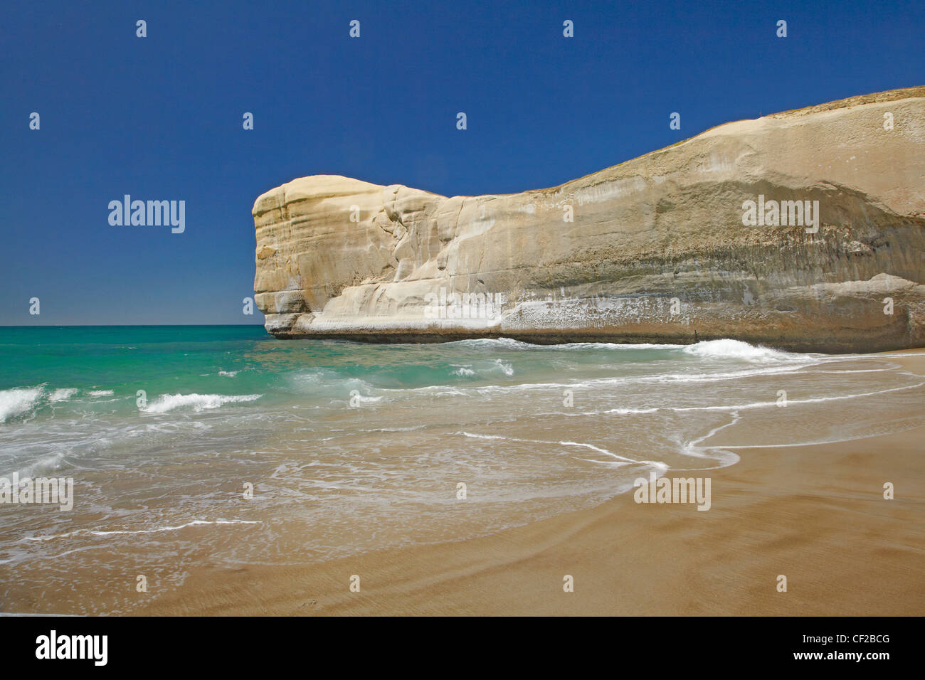 Cliff at Tunnel Beach, Dunedin, South Island, New Zealand - Stock Image