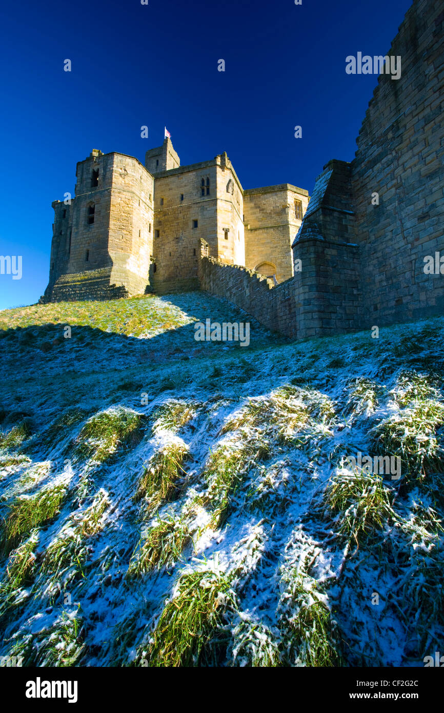 Warkworth Castle (English Heritage), a magnificent 12th century stone motte and bailey fortress, located near the - Stock Image