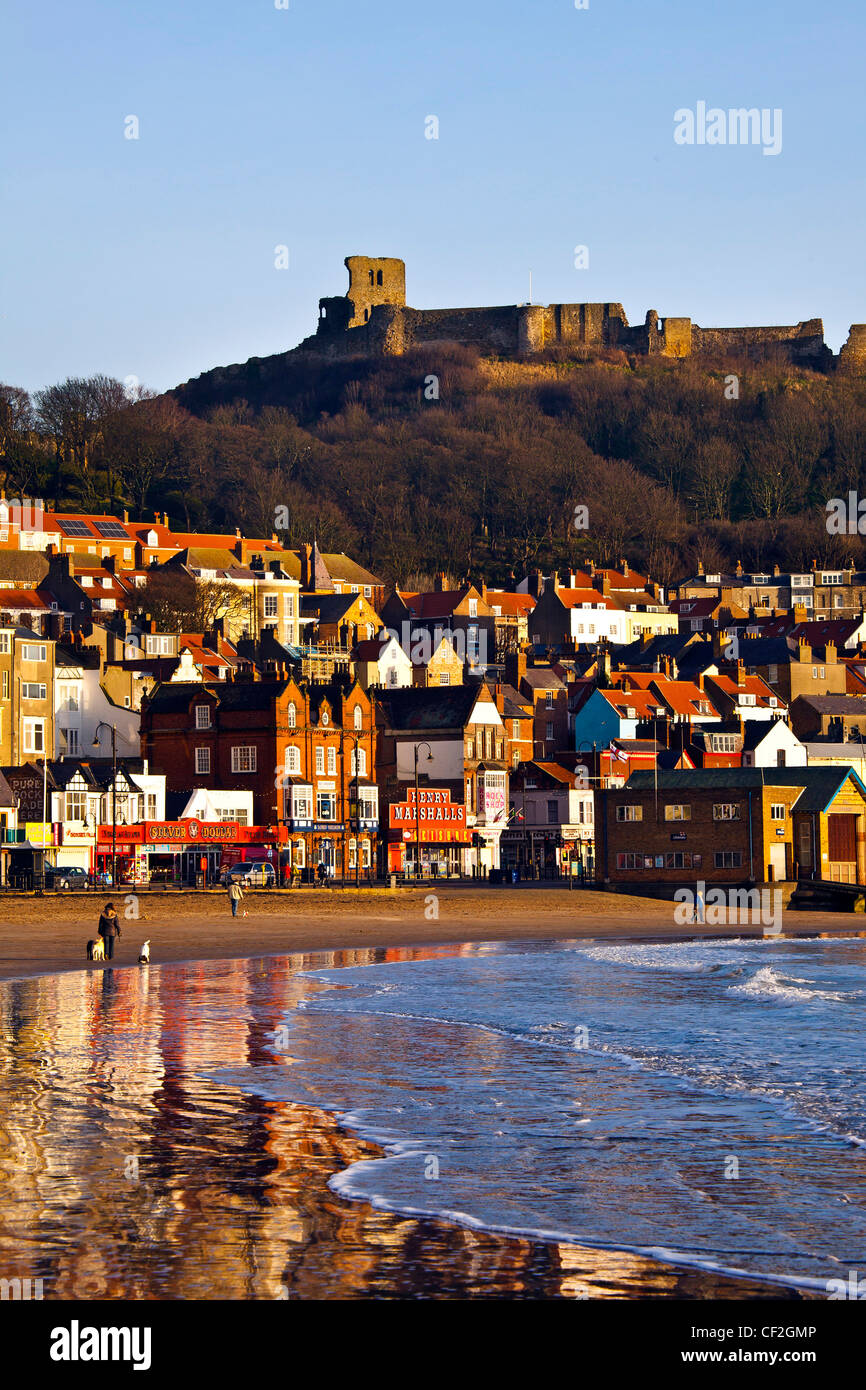 Scarborough Town and Castle from the South Bay in December - Stock Image