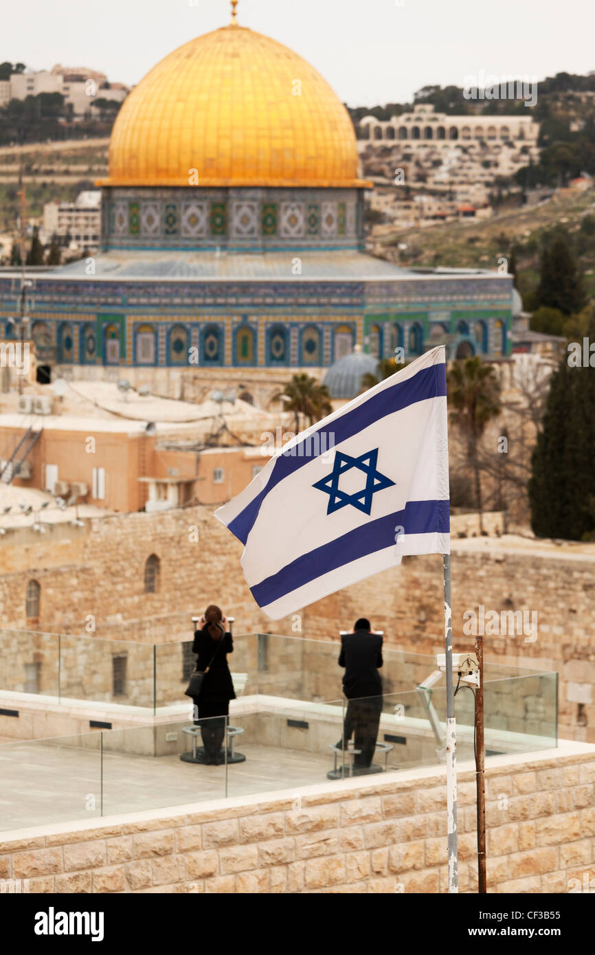 Israel,Jerusalem,couple at an overview of the Dome of the Rock and the Wailing Wall Stock Photo