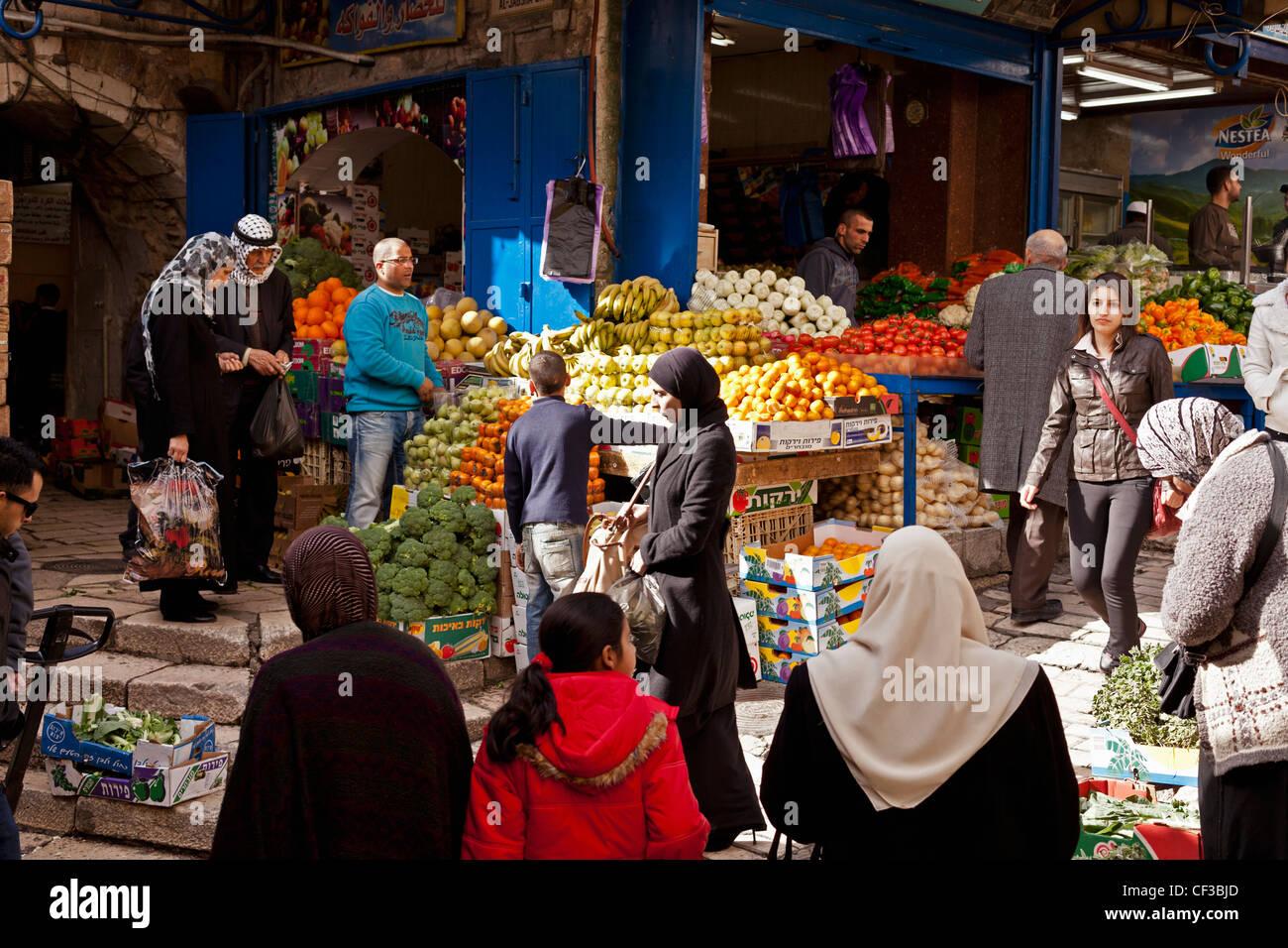 Israel,Jerusalem, Arab Quarter or Muslim Quarter, open air fruit and vegetable market Stock Photo
