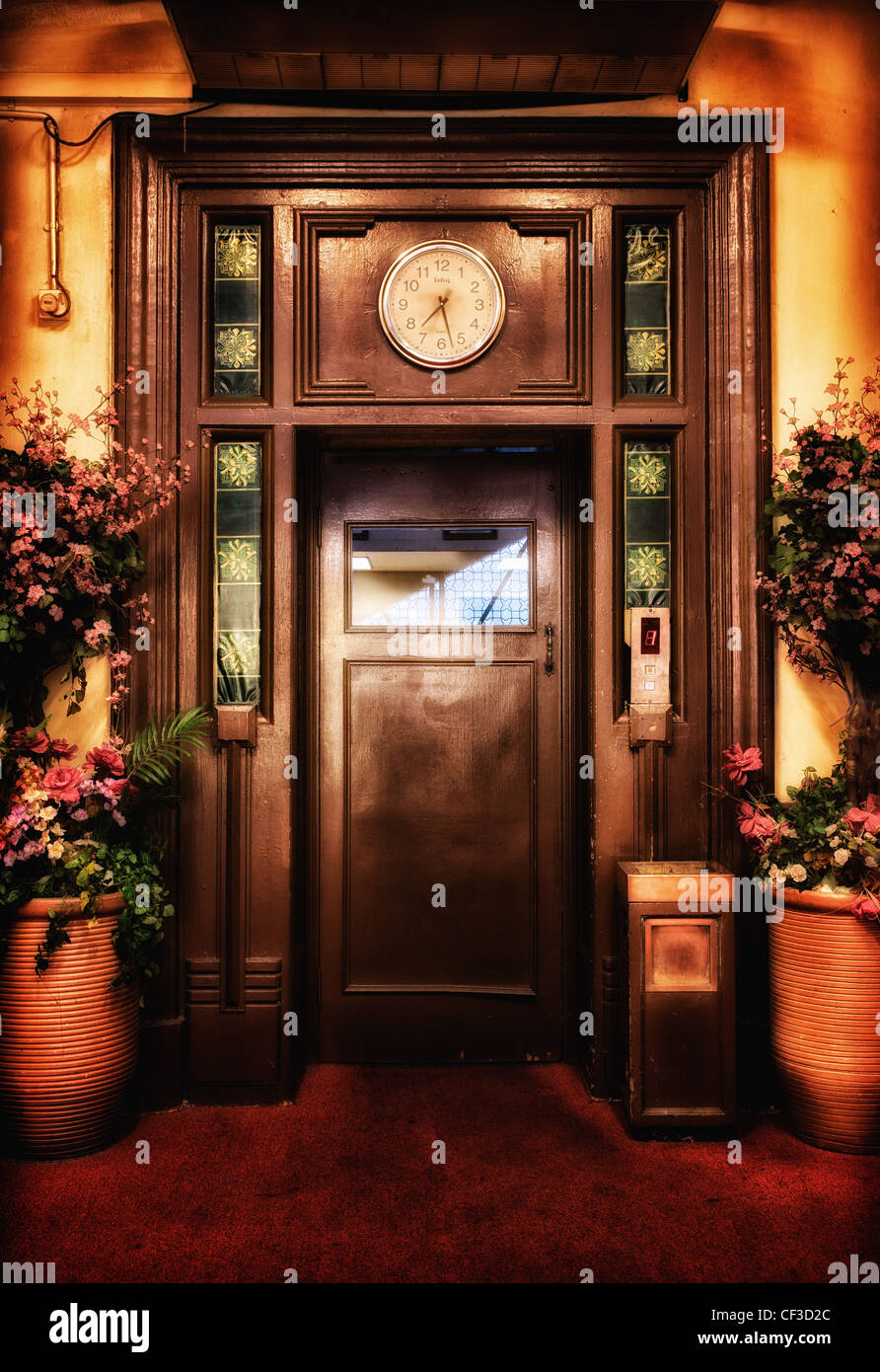 old vintage elevator door in the lobby - Stock Image