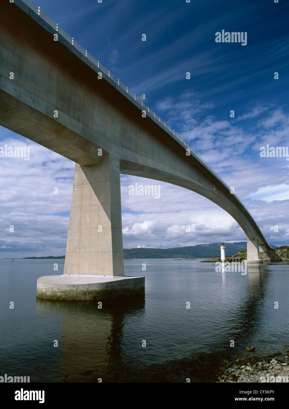 Looking from Kyleakin on Skye at the Skye Bridge, a former toll bridge which carries the A87 across Loch Alsh, via - Stock Image