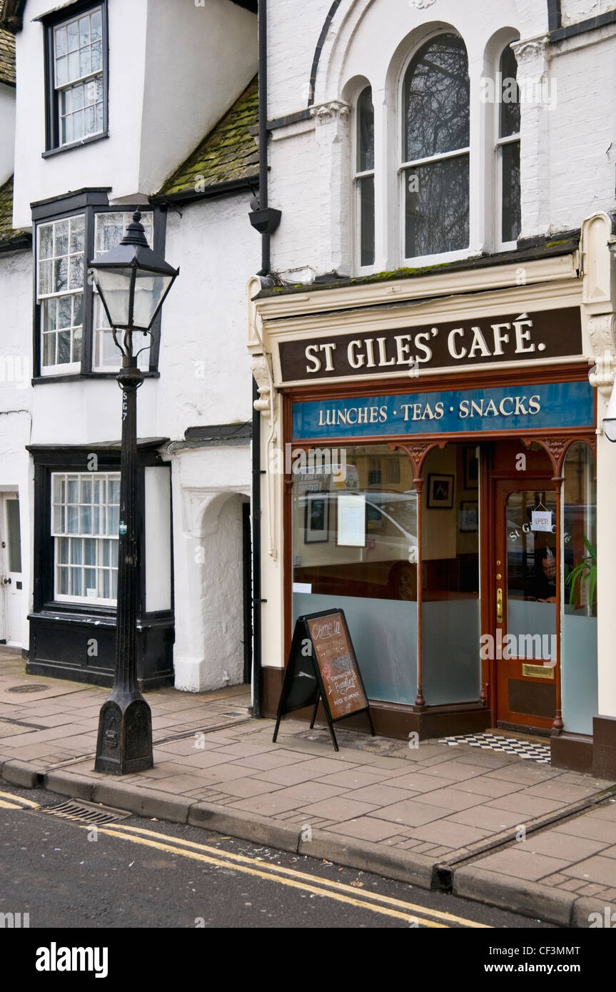 St. Giles' Cafe, one of the best 'greasy spoons' in Oxford. - Stock Image