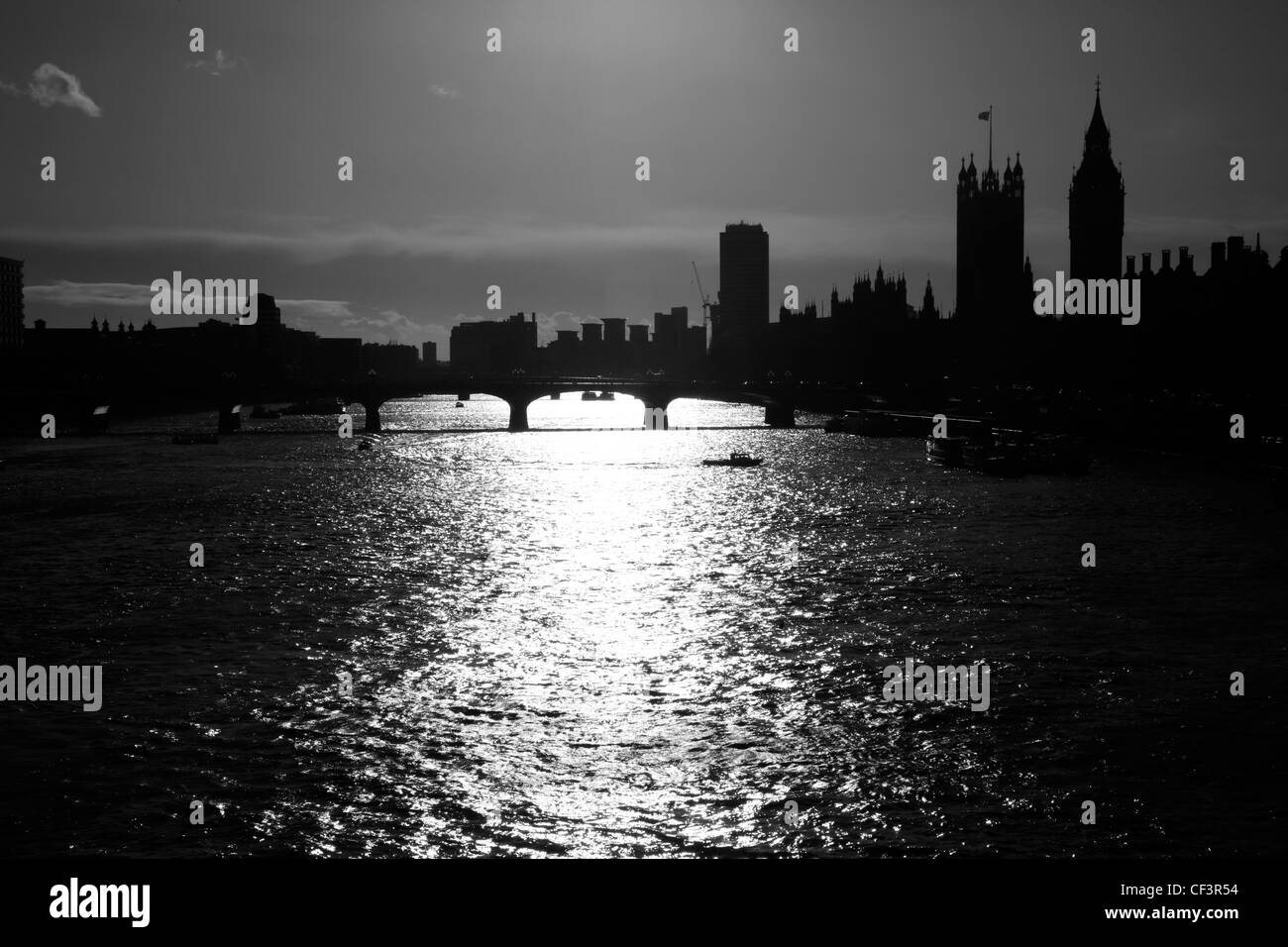 View up the River Thames to Westminster Bridge and the Houses of Parliament, Westminster, London, UK - Stock Image