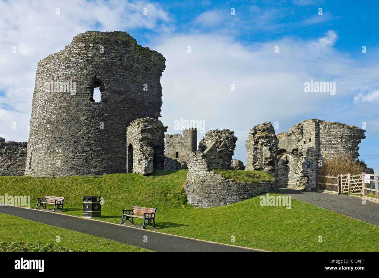 Ruins of Aberystwyth Castle built in 1277 by King Edward I. - Stock Image