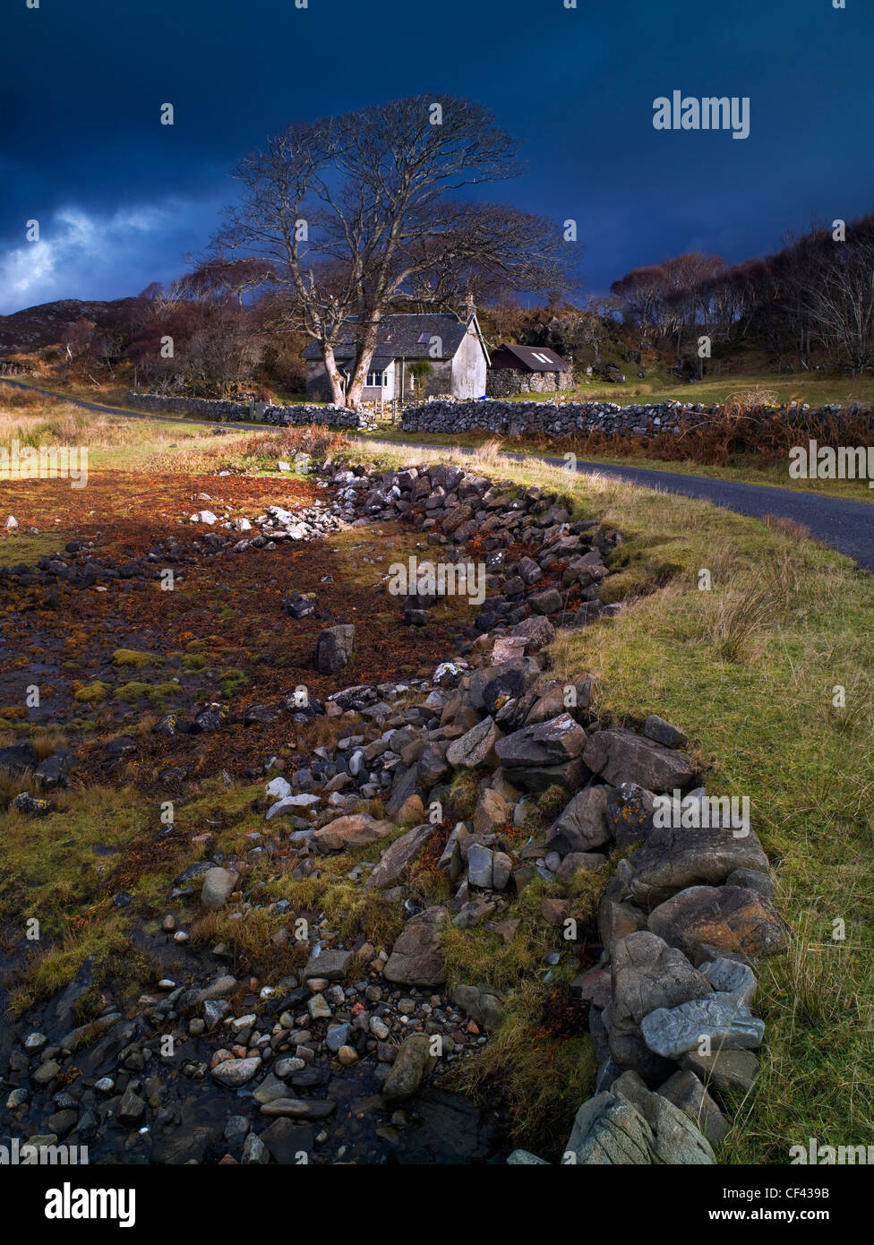 View across the bank of the tidal Loch nan Ceall at low tide. - Stock Image