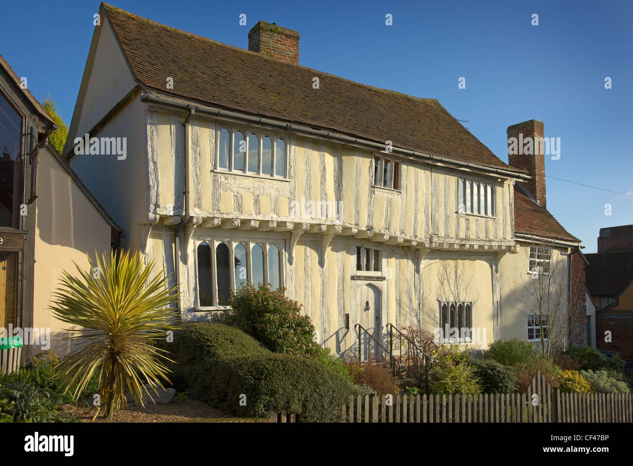 A traditional timber framed coach house in Lavenham. - Stock Image