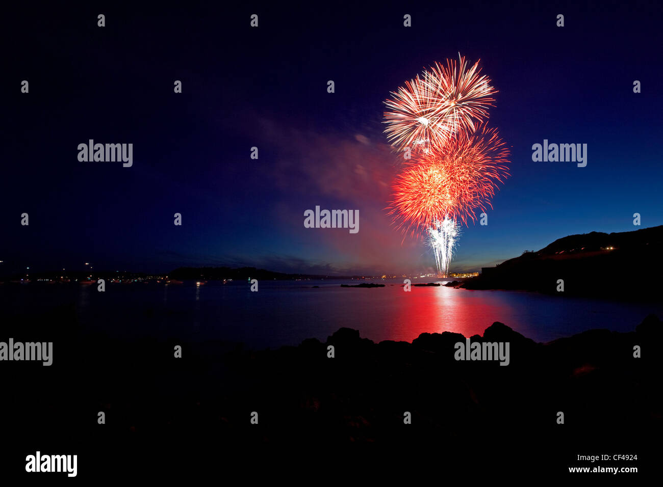 The National Firework championships show over Mountbatten bay and Plymouth Sound 2010. - Stock Image