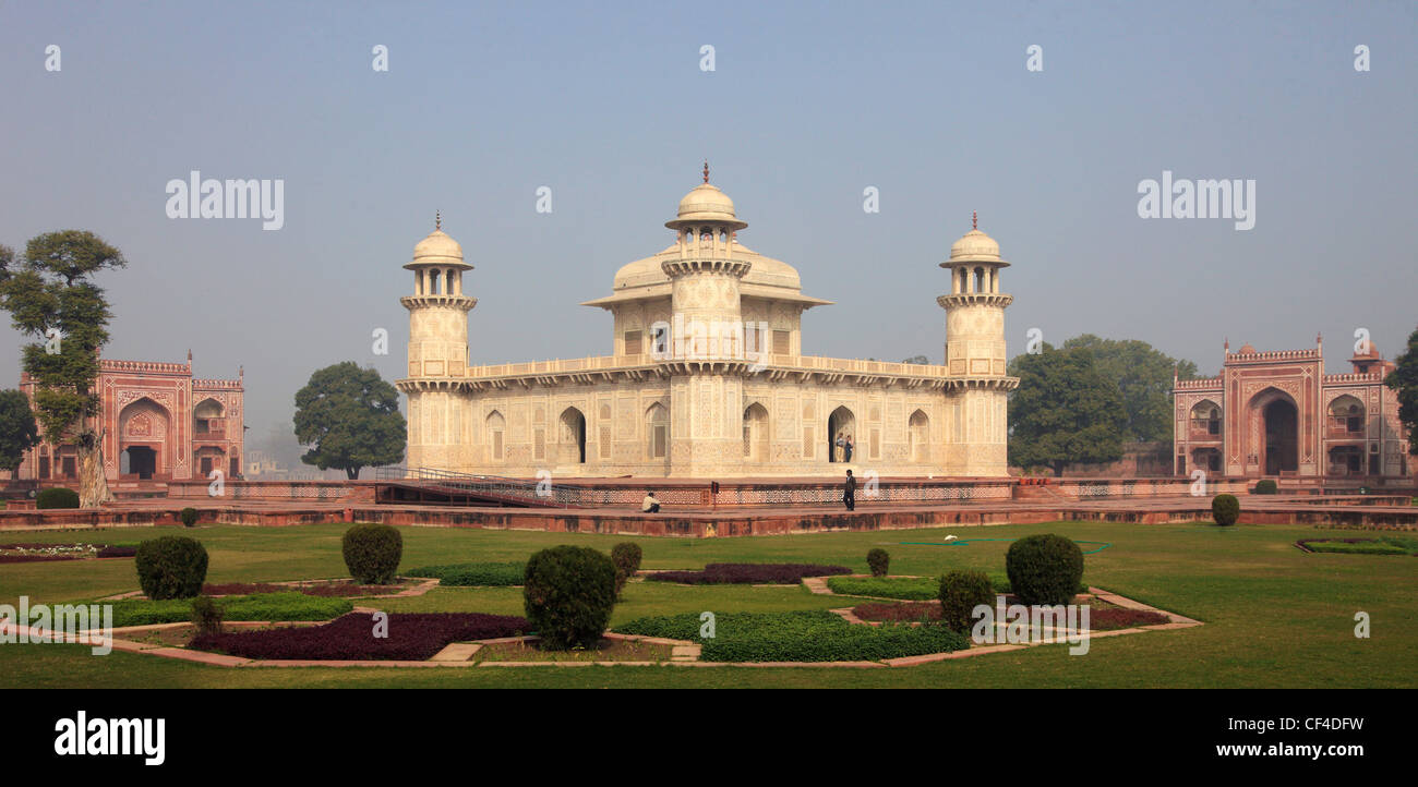 India, Uttar Pradesh, Agra, Itimad-ud-Daulah, tomb of Mirza Ghiyas Beg; Stock Photo