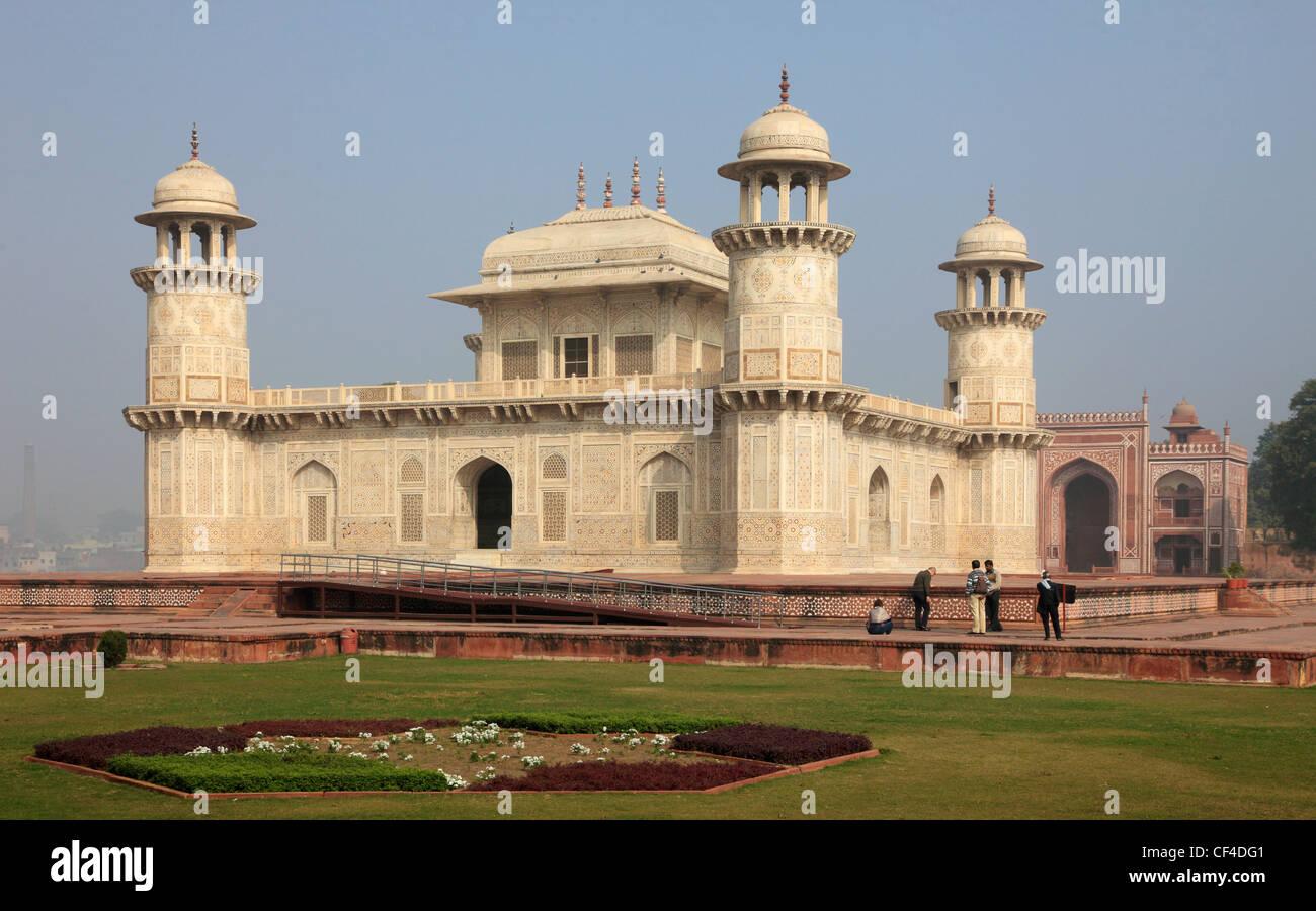 India, Uttar Pradesh, Agra, Itimad-ud-Daulah, tomb of Mirza Ghiyas Beg; Stock Photo