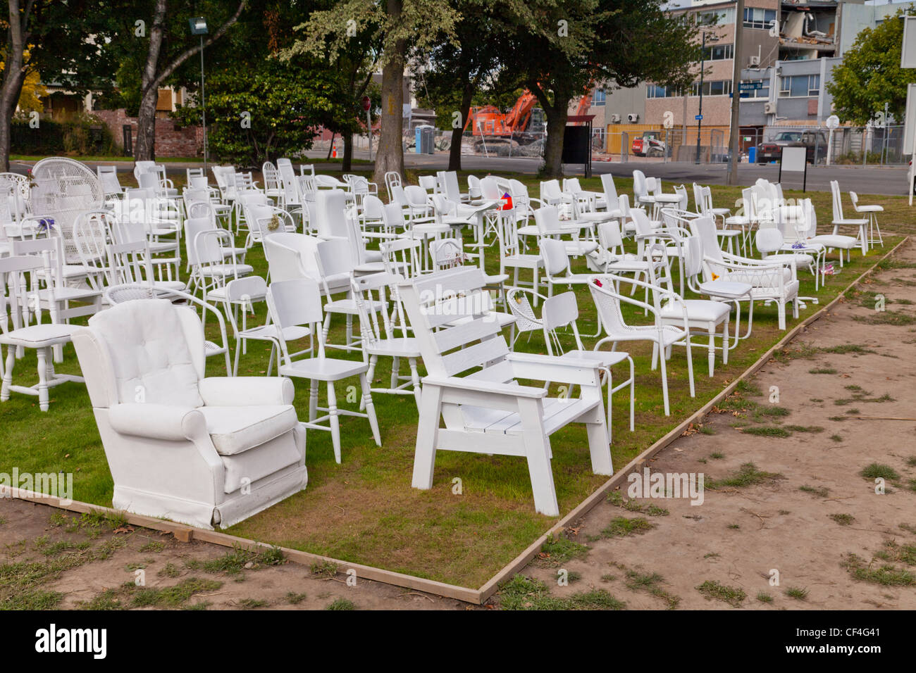 185 Empty Chairs, a temporary art installation - Stock Image