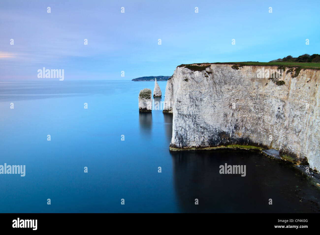 The Pinnacles, Handfast Point, Swanage, at sunrise. - Stock Image