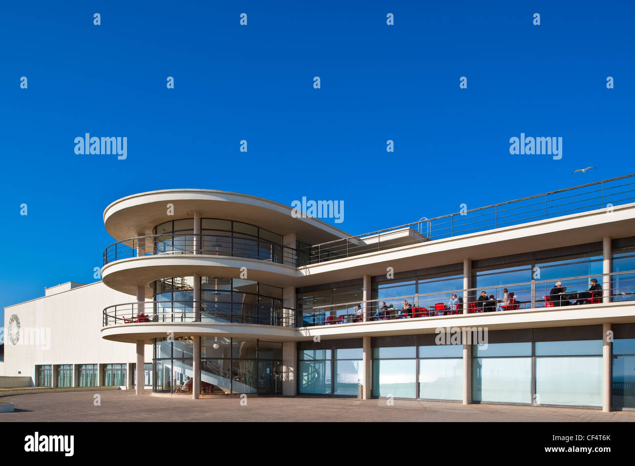 The De La Warr Pavilion, commissioned in 1935 by the 9th Earl De La Warr, was the UK's first - Stock Image