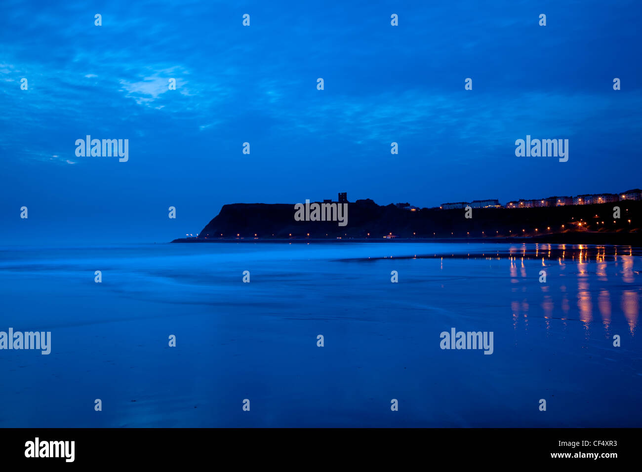 Blue dawn over the North Bay in Scarborough. - Stock Image